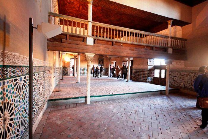 Mexuar_Hall_-_Alhambra